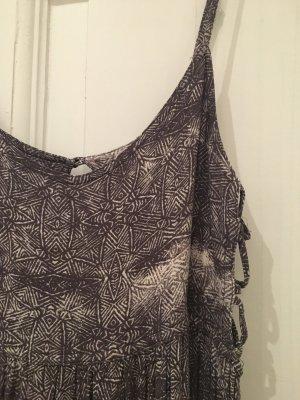 Graues Maxi-Sommerkleid im Hippie-Look von Urban Outfitters