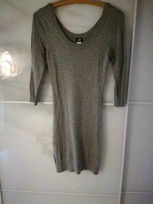 H&M Vestido tipo jersey gris