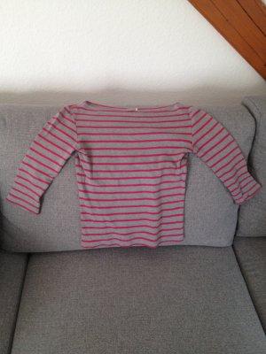 Graues Shirt mit pinken Streifen