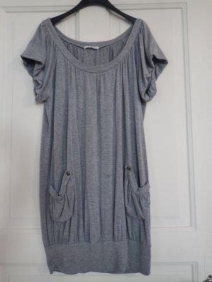 Graues Shirtkleid vom dänischen Label PRIM I AM
