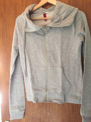 graues Sweatshirt von H&M