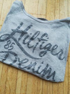 graues T-Shirt