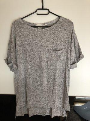 Graues T-Shirt mit Brusttasche