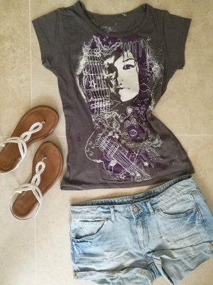 Graues T-Shirt mit lila weißem Print