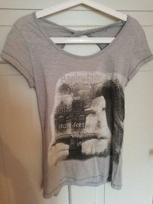 Graues T-Shirt mit Rückenausschnitt