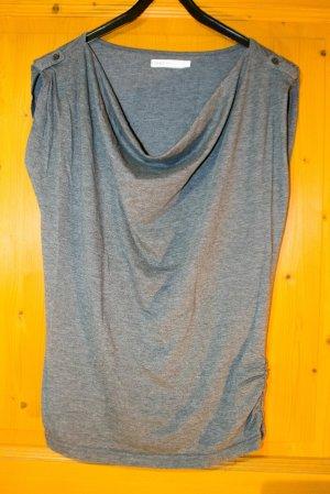 graues T-Shirt mit Wasserfall-Ausschnitt