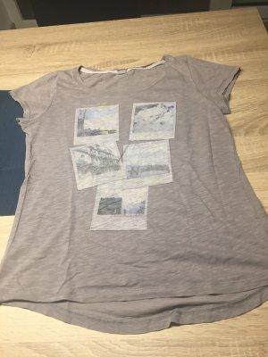 Graues Tshirt mit Aufdruck
