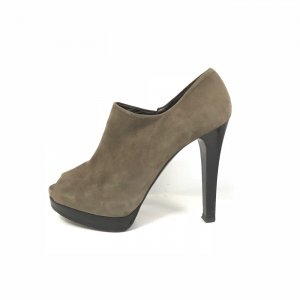 Green Stuart Weitzman High Heel