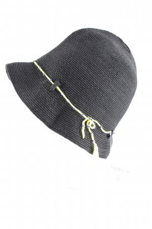 Grevi Cloche Hat black beach look