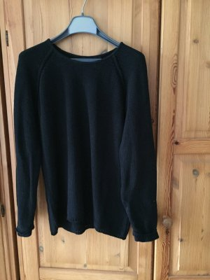 BC Sweater black