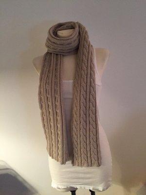 Grobstrick-Schal von Dante