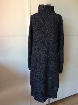 Grobstrickkleid mit Turtleneck