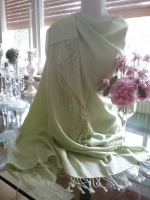 Cashmere Scarf pale green-lime-green