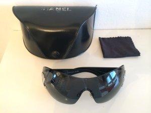 Große CHANEL Sonnenbrille Modell 4124