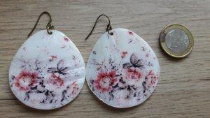 Große Ohrhänger Blumen rosa grau Muschel