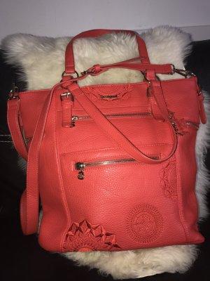 Große rote Desigual Handtasche