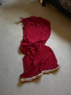 grosse Schal, mit Webpelz