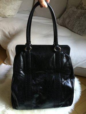 Große Shoulder Strap Bag von Emma Brown