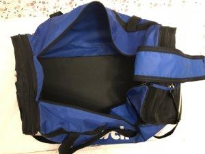 Große Sporttasche blau schwarz
