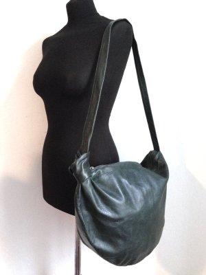 Große Vintge Tasche aus echtem Leder in dunkelgrün, 46x35x5cm.
