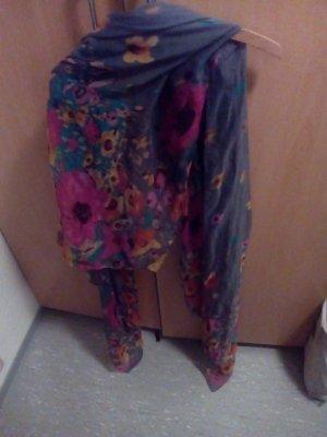 großer grau/bunter Schal