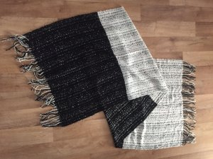 Nümph Knitted Scarf black-white