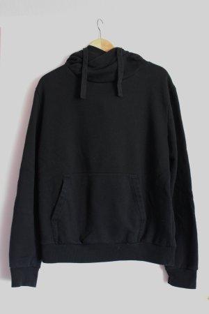 großer, schwarzer Hoodie mit Bauchtaschen und Kapuze