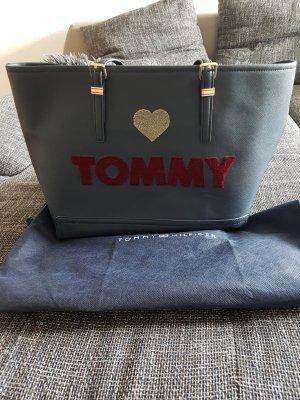 großer Shopper von Tommy Hilfiger
