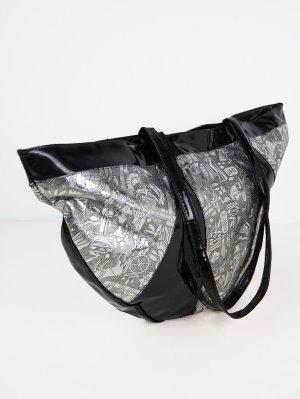 Shopper black-silver-colored imitation leather