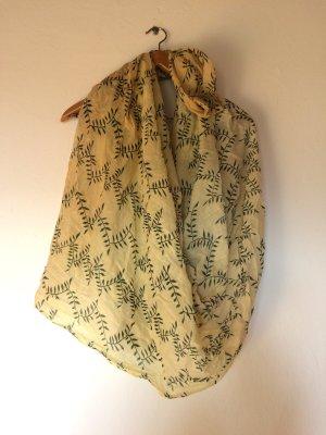 Großes Tuch mit feinem Blätterprint Creme Olive