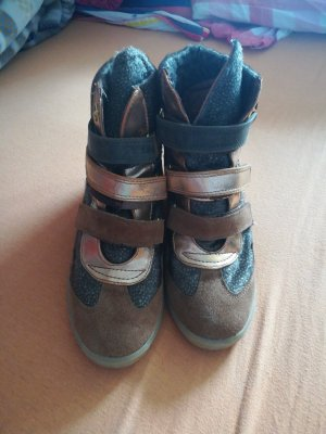 Grün braune sneaker