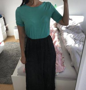 Grün Schwarzes Kleid