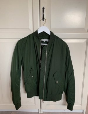 Light Before Dark Chaqueta bomber verde oscuro