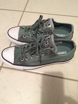 Grüne Converse in Größe 37