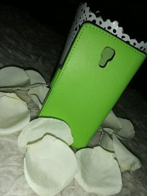 Étui pour téléphone portable vert prairie