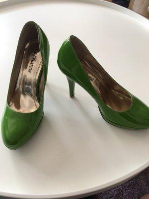 Grüne High Heels // Pumps // Plateau