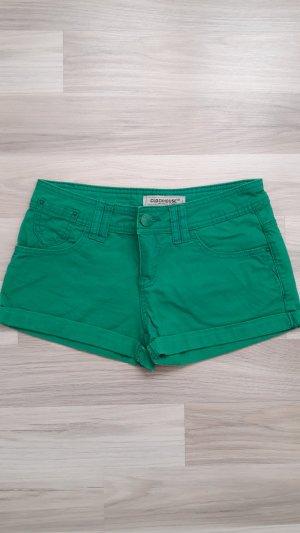 Clockhouse Pantalón corto verde