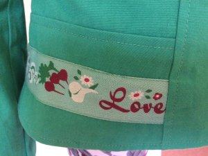 Grüne Jacke von Blutsgeschwister