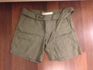 grüne kurze Hose von Only