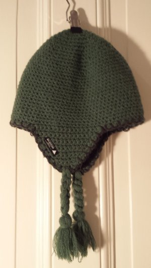 Burton Knitted Hat forest green-dark green synthetic material