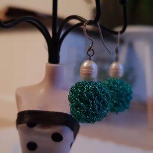Grüne Ohrhänger