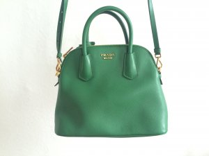 Grüne Prada Handtasche