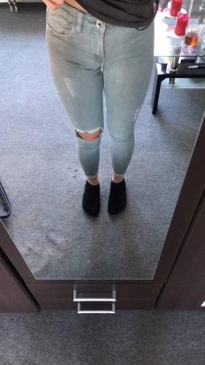 Grüne ripped jeans von Bershka