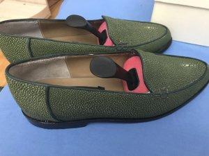 Grüne Siam Leather Goods Schuhe