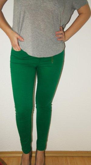 Grüne Skinny Jeans von Zara mit Reißverschlüssen an den Waden