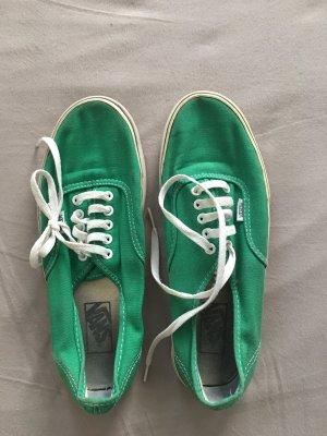 Grüne sportys