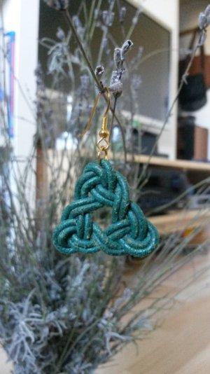 Grüne Triangel Lederohrringe Handmade