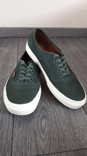 Grüne Vans Schuhe