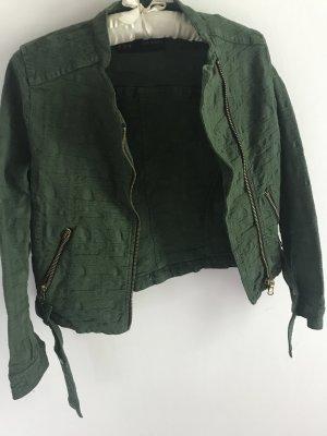 grüne Zara Jacke mit Gürtel