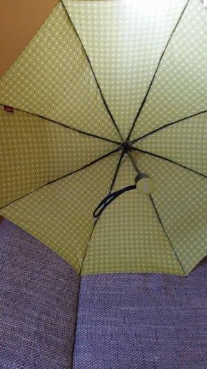 Grüner Knirps Schirm